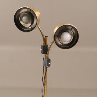 Лампа из латуни в индустриальном стиле